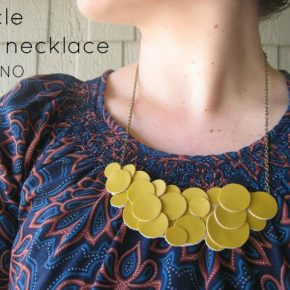 DIY Collier de cuir pour jolie Maman