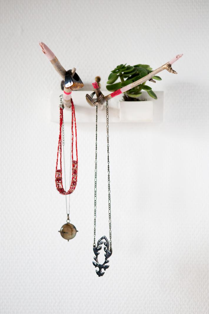 Diy pr sentoir bagues tr s original le meilleur du diy - Presentoire a bijoux ...