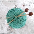 DIY boule de Noël pour tricoteuses