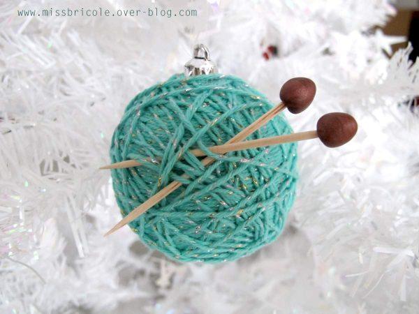 diy boule de noel pour tricoteuses le meilleur du diy. Black Bedroom Furniture Sets. Home Design Ideas