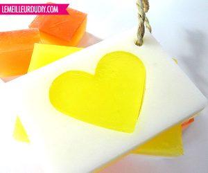 Diy comment faire des savons coeur le meilleur du diy - Comment fabriquer un coeur ...
