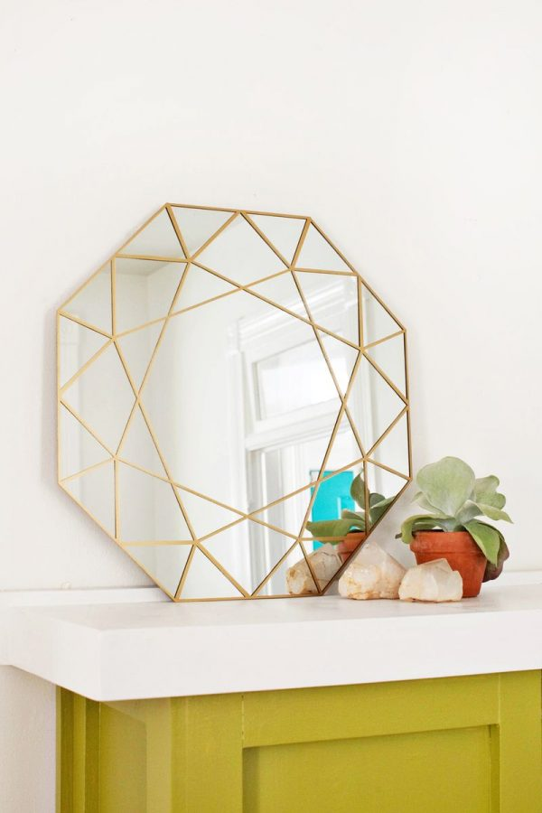 Diy miroir g o m trique faire soi m me le meilleur du diy for Decouper un miroir