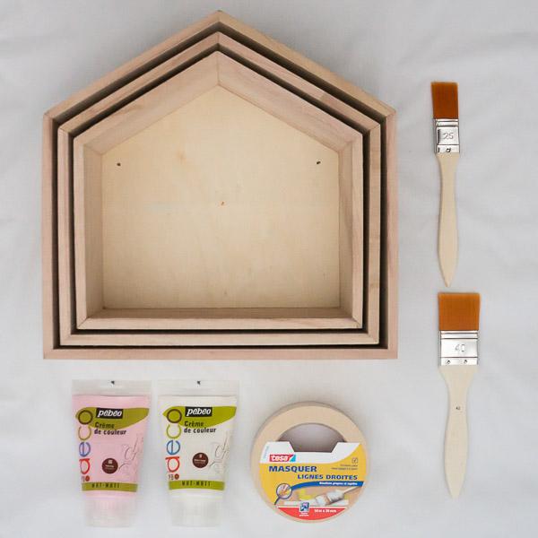 petite maison en bois en kit maison en bois maison en bois with petite maison en bois en kit. Black Bedroom Furniture Sets. Home Design Ideas