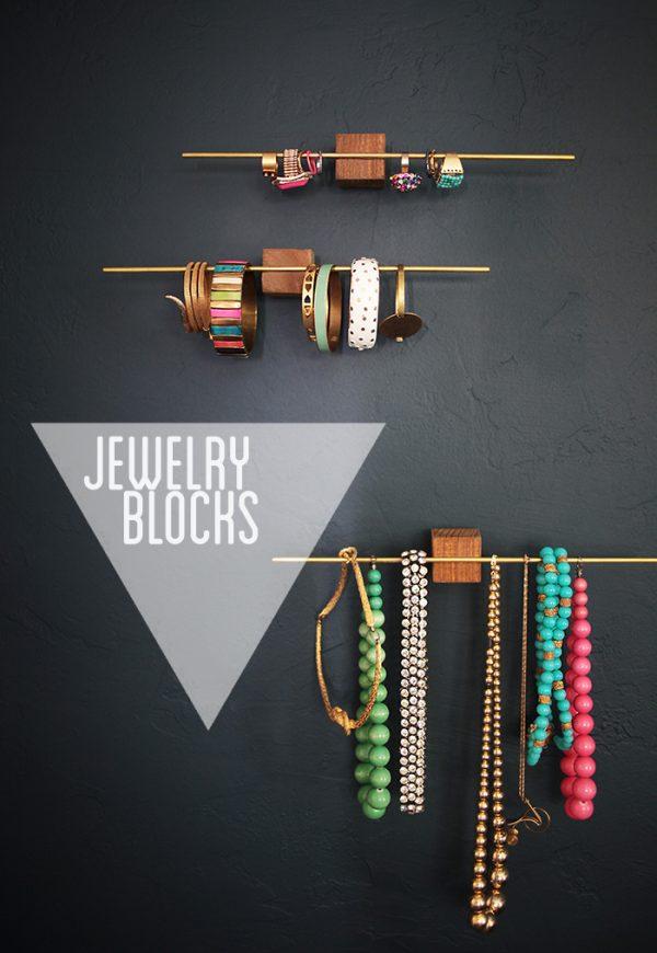 diy le plus l gant des porte bijoux le meilleur du diy. Black Bedroom Furniture Sets. Home Design Ideas