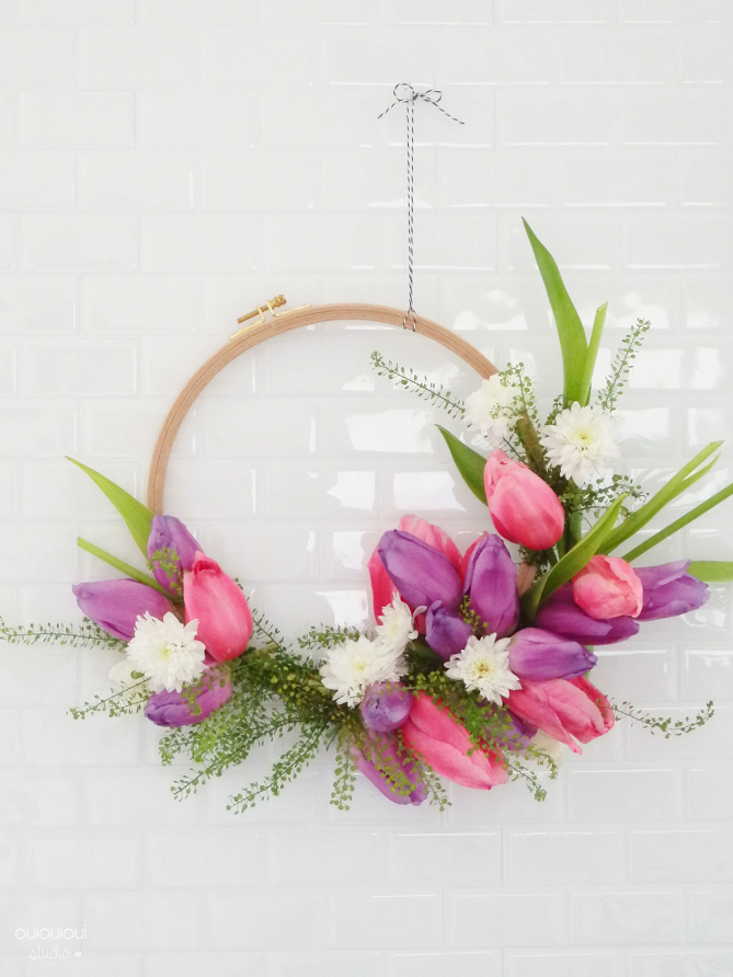 diy apprenez faire une couronne de fleurs le meilleur. Black Bedroom Furniture Sets. Home Design Ideas