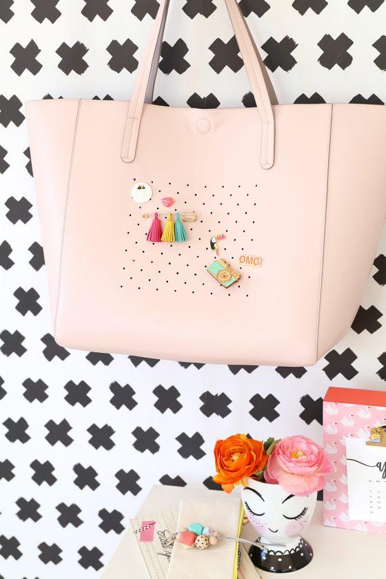 DIY customiser un sac à main en cuir avec des petits trous
