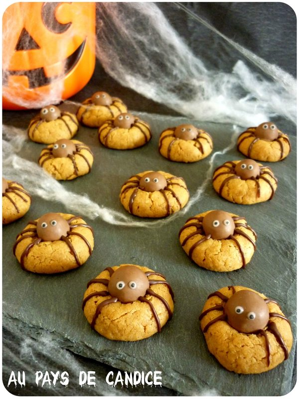 Recette facile DIY des gâteaux en forme d'araignée pour Halloween