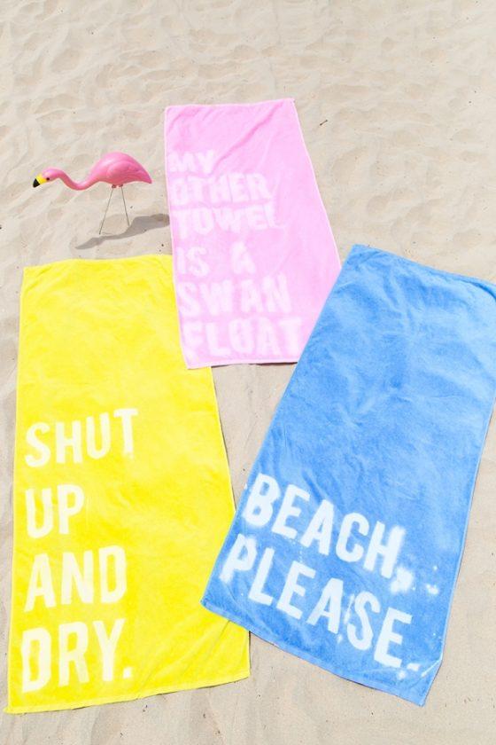 DIY serviette de bain customisée avec un message
