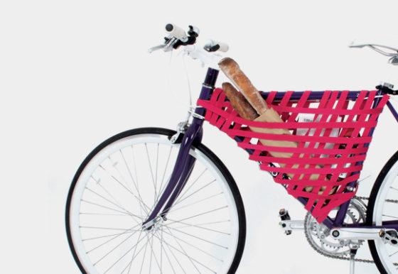 Apprends à fabriquer ta sacoche de vélo avec juste une jolie sangle
